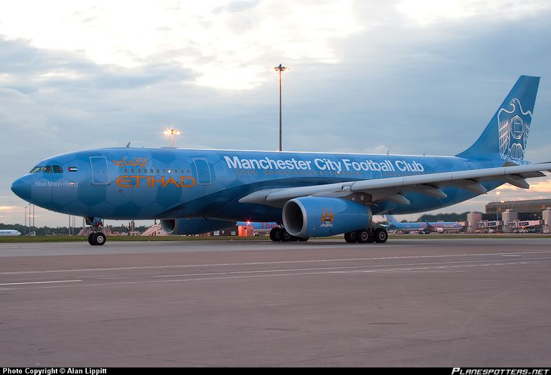 Etihad Airways ManCity Livery