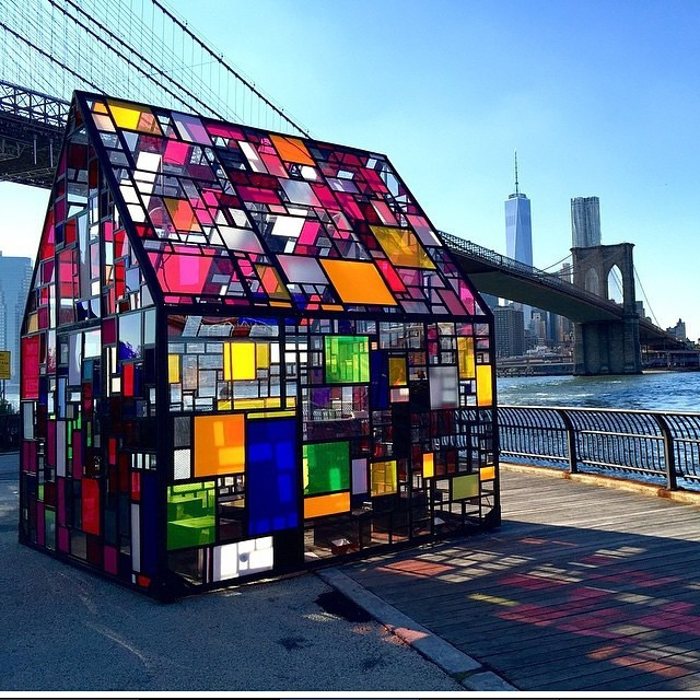 Tom Fruin - house installation New York