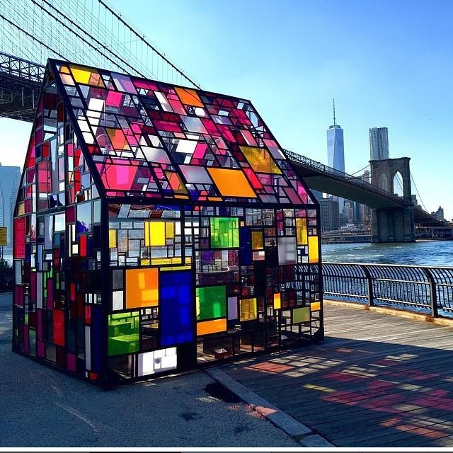 Tom Fruin - house installation New York